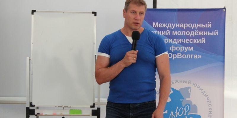 http://staraya-mayna.ru/forum/extensions/hcs_image_uploader/uploads/0/3500/3866/thumb/p19sn2cur7h0o7h21g0c2ol1de81.jpg